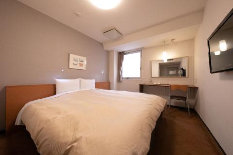 ダブルルーム/キングベッド ベッド幅200cmキングベッドを備えた1番大きなお部屋
